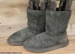 ... womens ugg brand use classic short 5825 black sheepskin sku70447 sz uk  7 boots abhijox079