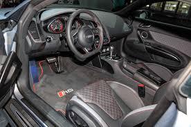 audi r8 2015 interior. other unique touches for the 2015 audi r8 interior t