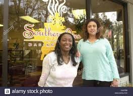 Patricia Griffith and Sophia Wilson (R) of Southern Baking Company in Stock  Photo - Alamy