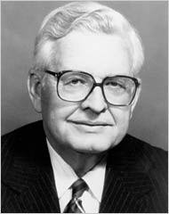 John Swearingen about 1984. His death was confirmed by John Bryan, a close friend and former chief executive of Sara Lee, who said Mr. Swearingen had ... - swearingen190
