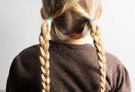 Coiffure Petite Fille Simple 20 Idées Qui Ne Prennent Pas