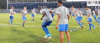 slidedeck on off season in season fitness for football soccer
