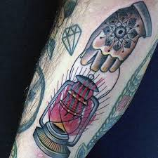 Hand holding mirror tattoo 7652698 spojivachinfo