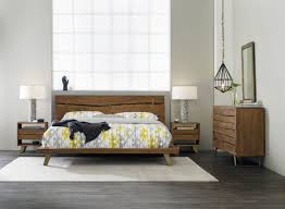 Platform Bedroom Furniture Hooker Furniture Bedroom Transcend King Platform Bed 7000 90366