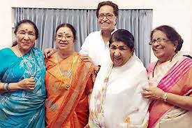 Asha Bhosle at 85: The Bollywood legend who was once the perennial 'Number  2' (after Lata Mangeshkar) is second to none today | Entertainment News,The  Indian Express