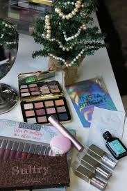 gift guide 25 beauty gifts under 50 for the beauty queen on ing