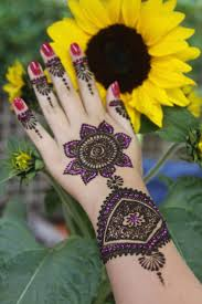 прикольные татуировки для девушек