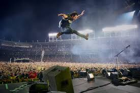 Pearl Jam Returns To Wrigley Field This Summer Chicago Sun