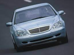 2000 mercedes benz s class is one of the successful releases of mercedes benz. 2000 Mercedes Benz S Class Specs Price Mpg Reviews Cars Com