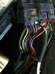 fixing a dakota durango no bus pcm for under 5 dodgeforum com reattached the two halves of the violet white wire my blue 5v output wire spliced into the violet white wire cleaned everything up some