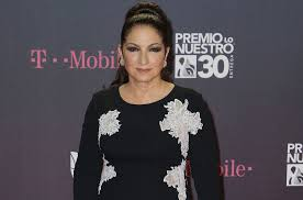 Gloria Estefan On Her First Billboard Hot 100 No 1 See The