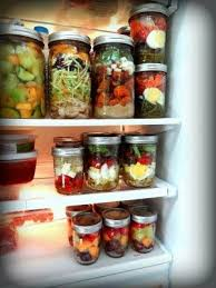 Mason jar meals. So many good ideas to how to | Gardening at Repinned.net