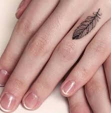 маленькие тату для девушек на пальце 48 эскизов забавник