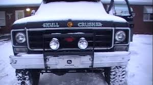 1977 Chevy K10 cold start and revs - YouTube