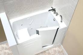 60 x 32 bathtub w shower soaking bath low walk in tub white 60 x 32 bathtub standard evolution deep air tub t3260sp 01 sparta soaking