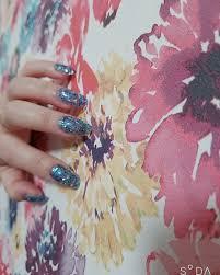簡単にすぐかわいいが魅力つけ爪のhow To紹介します Arine アリネ