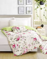 Beauteous Full Size Bed Sheet with Nice Lime Green To Fucshia Flower