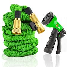 expandable garden hoses. For Something As Heavy Duty This Expandable Garden Hose It Certainly Doesn\u0027t Weigh Much. The Gada Is Perfect Use With Any Chore You\u0027d Need A Hoses