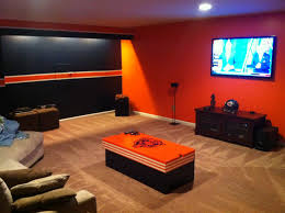 Bears themed Man Cave. - now, how to make this baseball oriented... | Man  cave | Pinterest | Men cave, Cave and Bears