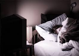 kids watching tv at night. sleep disturbances kids watching tv at night