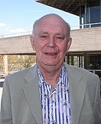 Alan Ayckbourn - Wikipedia