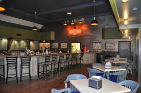 restaurant impossible green beret club smoke grille update