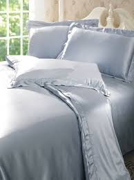 Silk Bedding Set & 19 momme Quality Seamless Cocoon Silk Duvet Cover Adamdwight.com