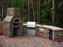 how to build an outdoor pizza oven with outdoor kitchen and outdoor pizza oven also patio paver ideas with lawn for backyard landscape ideas and garden