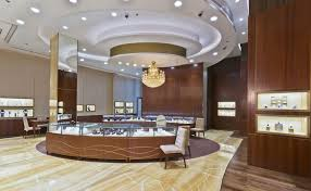 jewelry in a dubai mall selling gold and diamonds