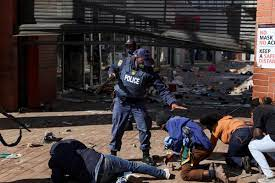 South African riots over ex-leader ...