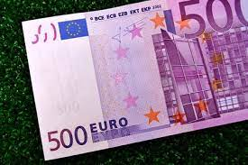Quinientos euros. puede ser utilizada para propósitos personales y comerciales, de acuerdo con las condiciones de la licencia sin royalties adquirida. Billetes De 500
