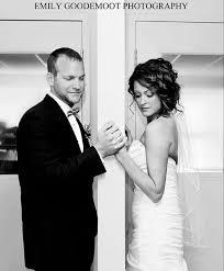 Pin by Amanda Ciaburri on Wedding Ideas   One shoulder wedding ...