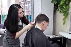 Колледж парикмахерского искусства обучение парикмахерскому искусству  На базе 11 класса или непрофильного профессионального образования мы предлагаем обучение только по программе повышенного уровня со сроком обучения 2 года 10