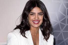 Priyanka Chopra: Regisseur empfahl ihr Schönheits-OPs