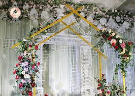 outdoor indoor metal arch backdrop
