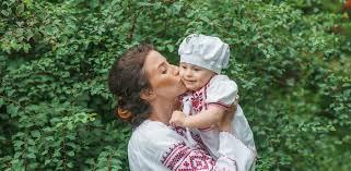 Активное материнство как черкасщанки в декрете строят карьеру  Активное материнство как черкасщанки в декрете строят карьеру