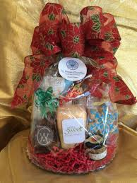 les dames d escoffier hawaii chapter is having its 2nd annual holiday gift basket fundraiser