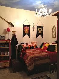 Gryffindor Bedroom Ideas 2