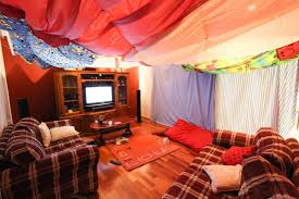 Perfect Cool Couch Forts Think To Build A Blanket Fort Once Inside