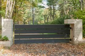 Modern Gate Pillar Design Tri State Gate In 2020 Fence Design Modern Landscaping