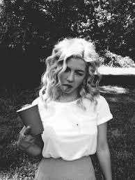 """Marina & the Diamonds >> álbum """"Electra Heart"""" [IV] Images?q=tbn:ANd9GcQwgykQrn4hksqb3OHiDnUxQ2svk79zbElae7P7UgHQWbTuvi9b"""