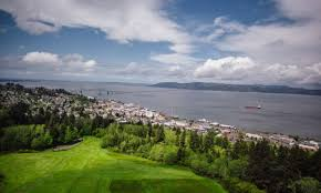 Chart Room Astoria Oregon Astoria Is The Best Place In Oregon For A Weekend Bender