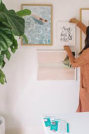 how to hang art without nails hang