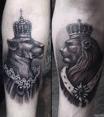 лев и львица в короне добавлено костя довгаль