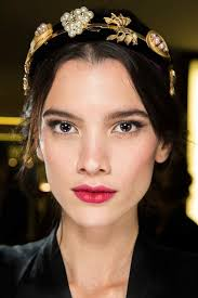 the beauty looks from dolce gabbana f w 2016 are pure romance beauty hair trends 2016 60 fashion makeup trends