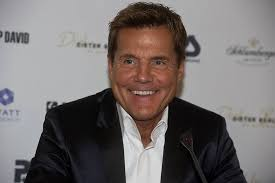 Together with thomas anders he became famous for the duo modern talking, which landed some hits in the 1980s. Dieter Bohlen Das Vermogen 2021 Wie Reich Ist Er Wirklich