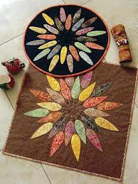 table topper leafy wreath table topper pattern square table toppers for round tables table topper