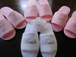 customize pink wedding bride bridesmaid slippers bridal party slippers bachelorette party favors gifts