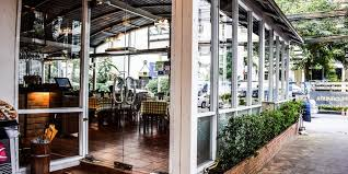 exploring exterior glass doors for commercial buildings