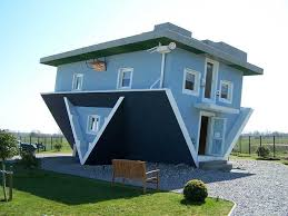 Top 10 People Who Turned Their Houses Into Something Very Cool - Exploredia